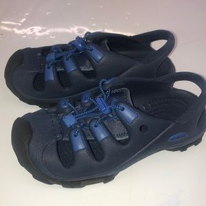 Boys Crocs Sandals Navy Blue Size 2 Unisex Water